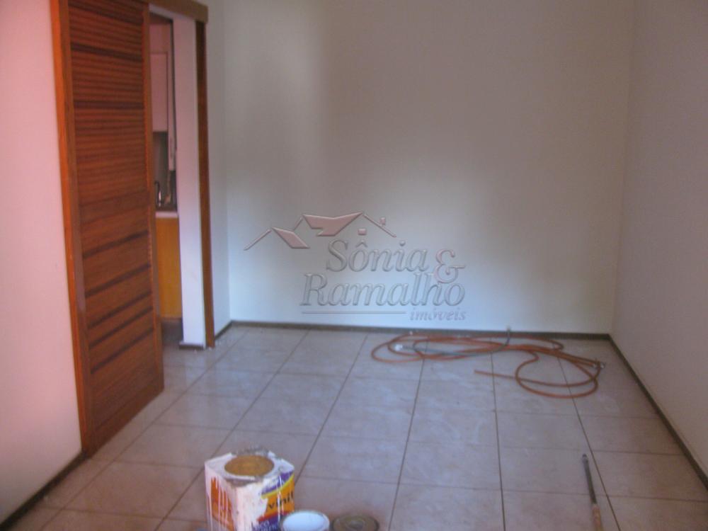 Alugar Casas / Padrão em Ribeirão Preto apenas R$ 800,00 - Foto 3