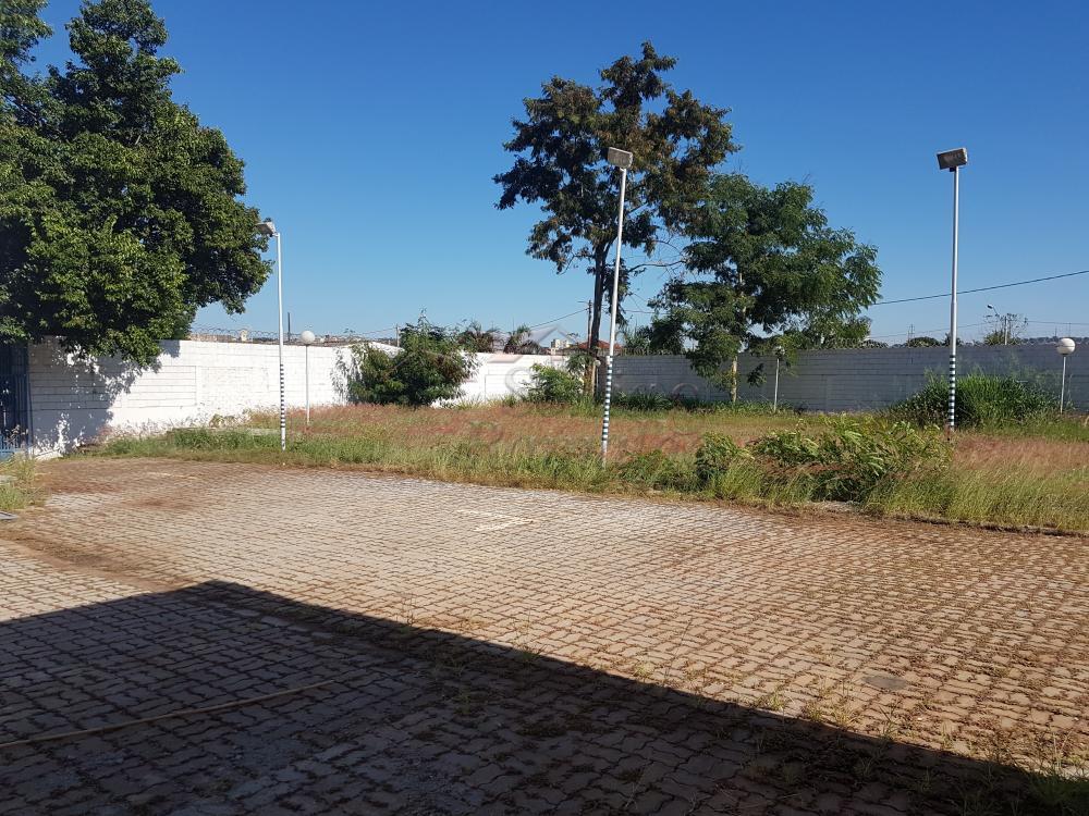 Alugar Comercial / Galpao / Barracao em Ribeirão Preto apenas R$ 15.000,00 - Foto 13