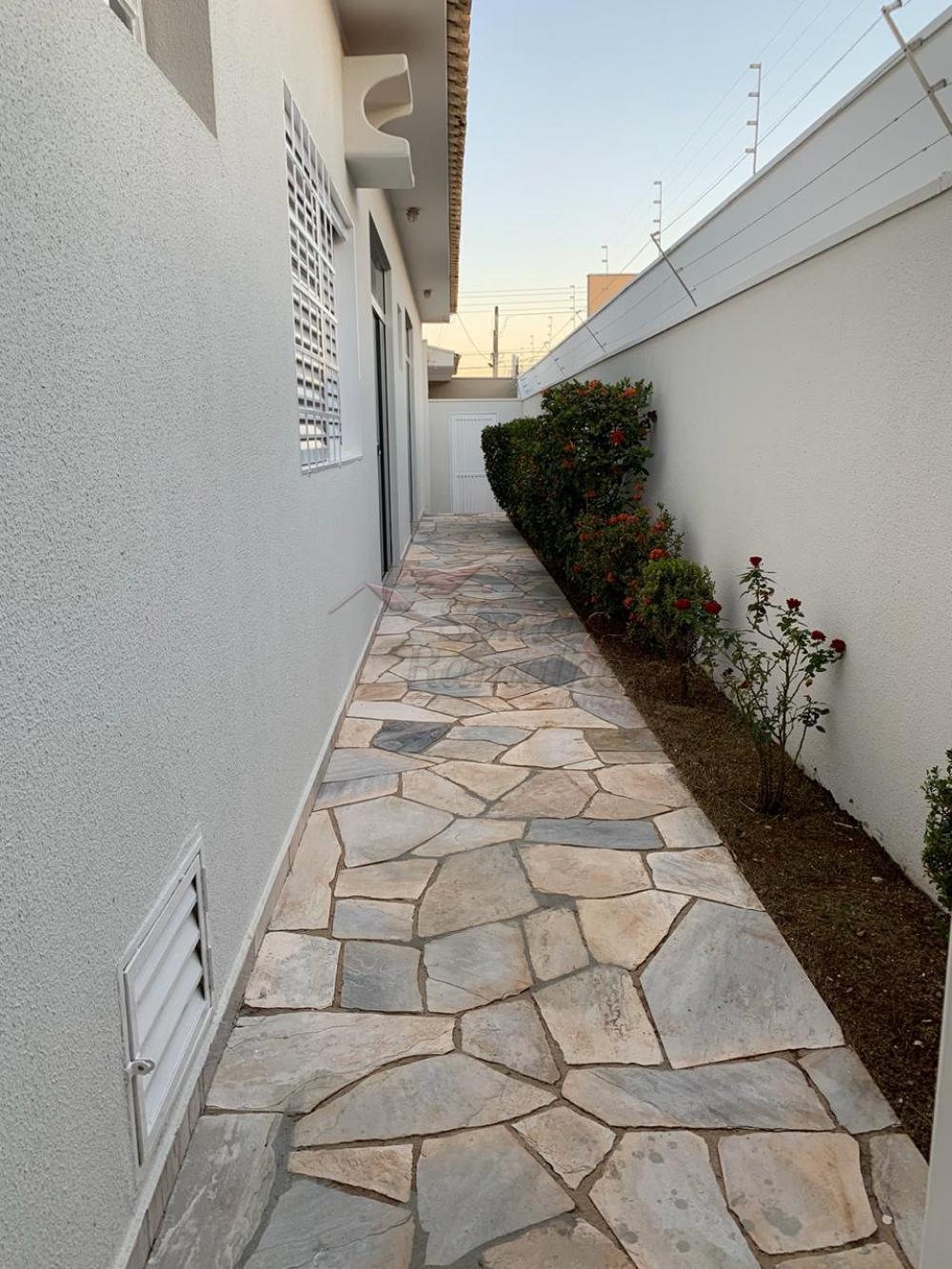Alugar Casas / Padrão em Ribeirão Preto apenas R$ 3.600,00 - Foto 4