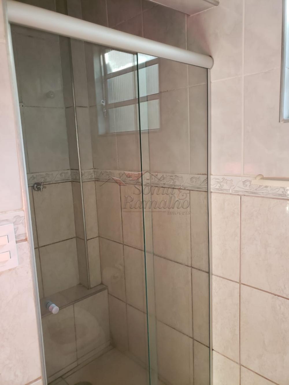 Alugar Casas / Padrão em Ribeirão Preto R$ 700,00 - Foto 12