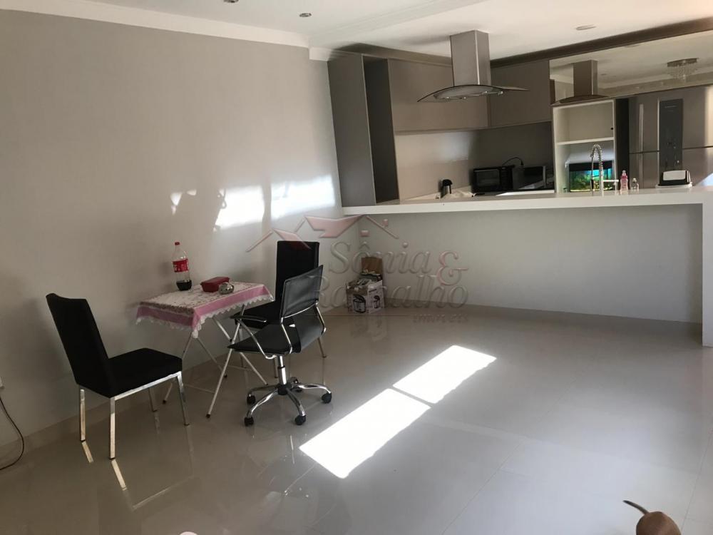 Alugar Casas / Padrão em Jardinópolis R$ 2.300,00 - Foto 16