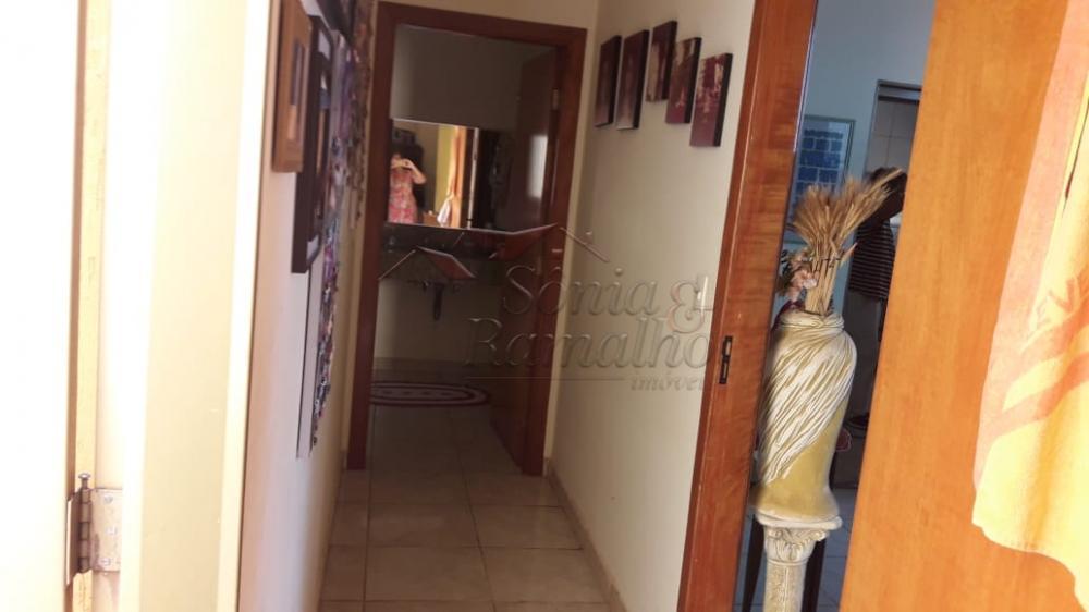 Alugar Casas / Padrão em Ribeirão Preto R$ 2.300,00 - Foto 3