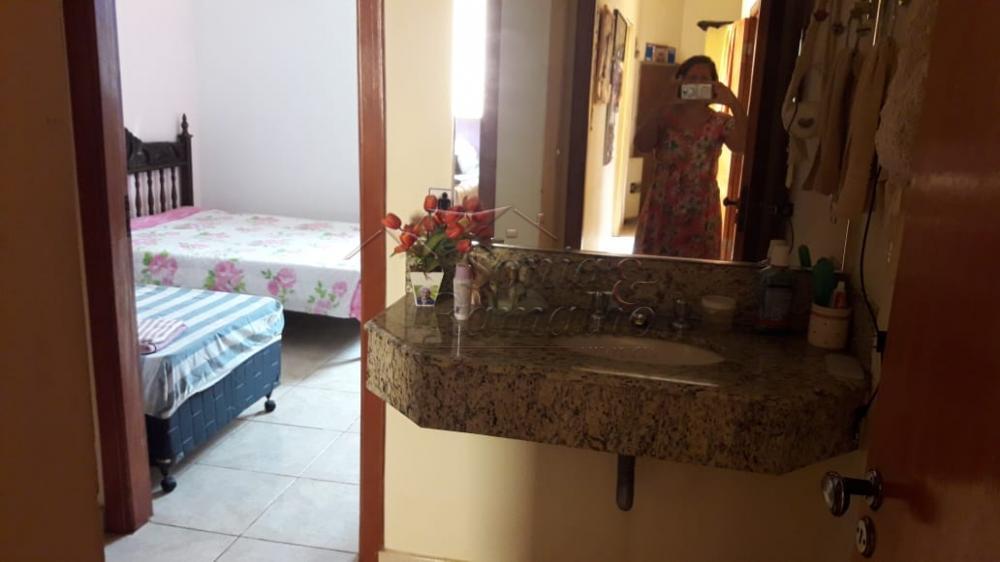 Alugar Casas / Padrão em Ribeirão Preto R$ 2.300,00 - Foto 17