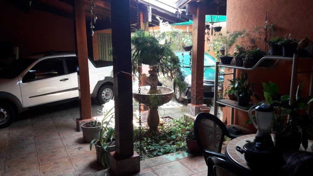 Alugar Casas / Padrão em Ribeirão Preto R$ 2.300,00 - Foto 1