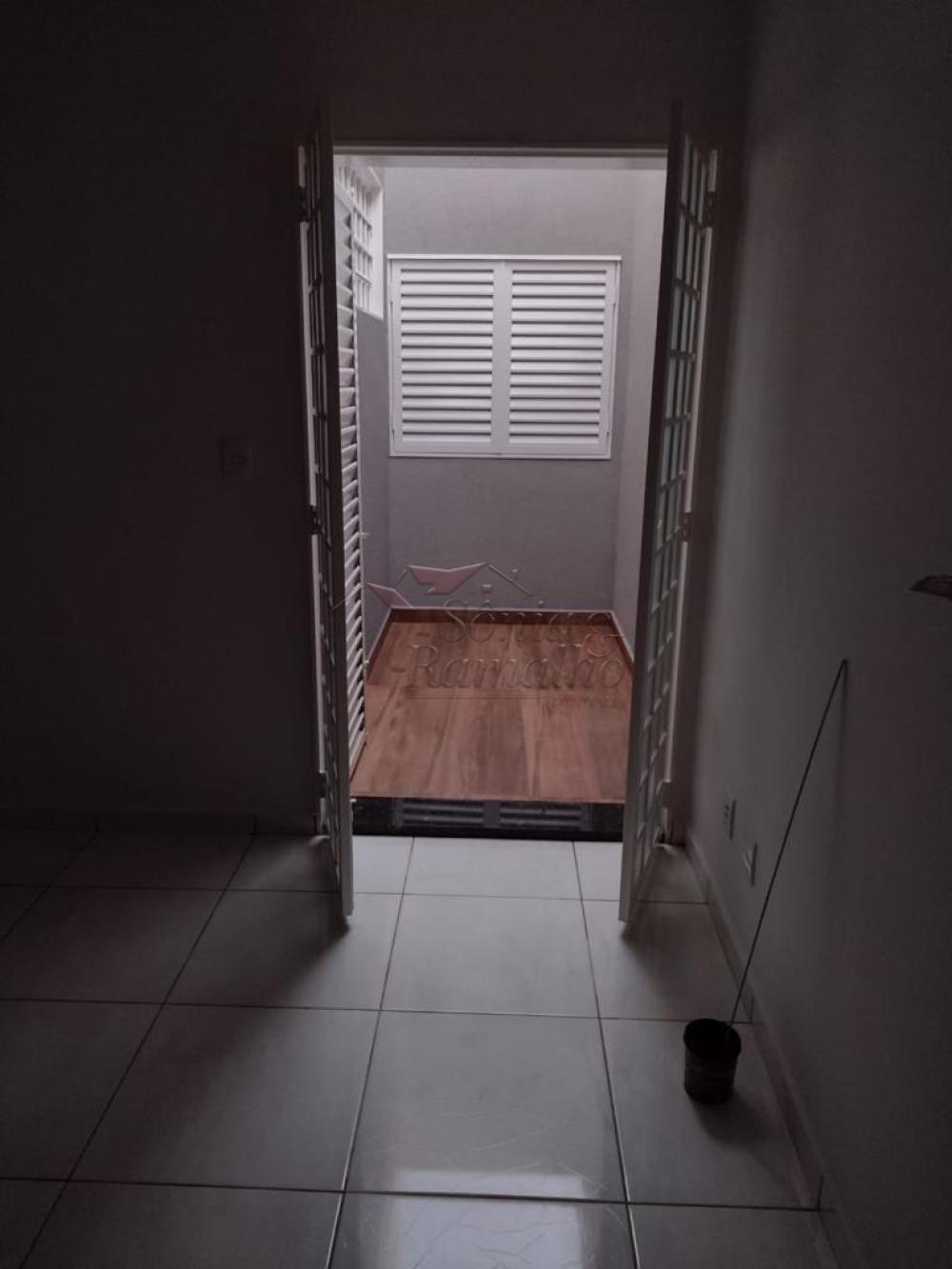 Alugar Casas / Padrão em Ribeirão Preto R$ 2.300,00 - Foto 11