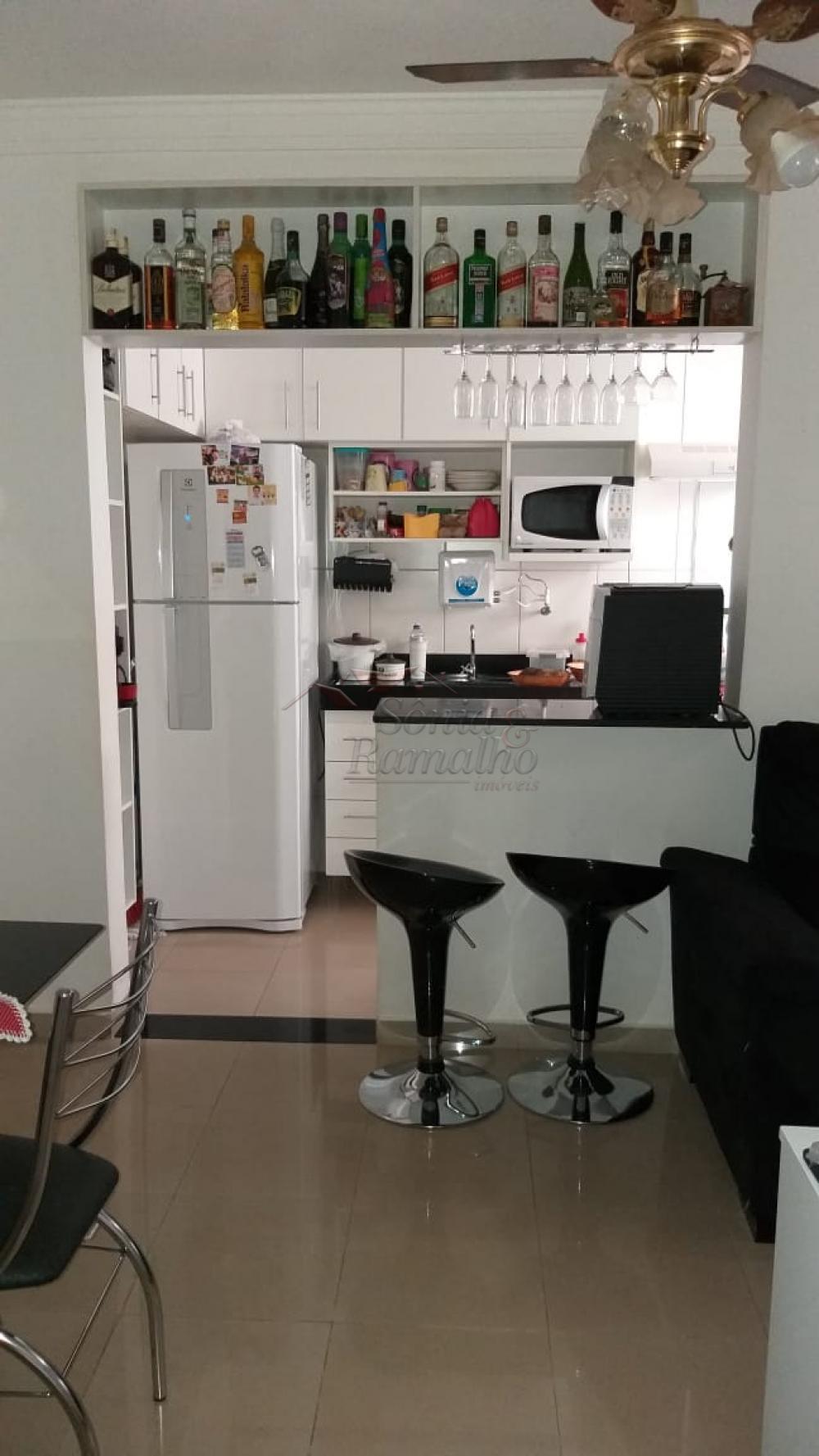 Comprar Apartamentos / Padrão em Ribeirão Preto apenas R$ 175.000,00 - Foto 5