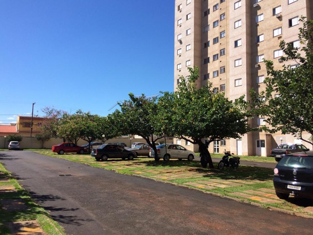 Comprar Apartamentos / Padrão em Ribeirão Preto R$ 180.000,00 - Foto 27