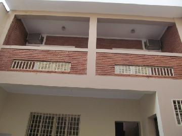 Alugar Casas / Padrão em Ribeirão Preto. apenas R$ 1.400,00