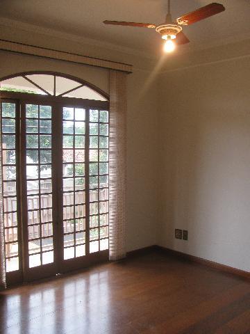Alugar Casas / Sobrado em Ribeirão Preto. apenas R$ 3.000,00