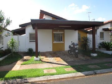Alugar Casas / Condomínio em Ribeirão Preto. apenas R$ 330.000,00
