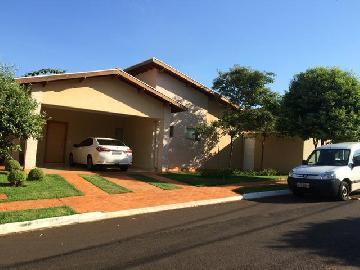 Alugar Casas / Padrão em Bonfim Paulista. apenas R$ 848.000,00