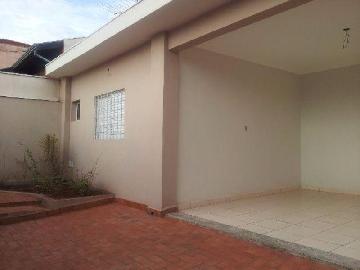 Alugar Casas / Padrão em Ribeirão Preto. apenas R$ 2.600,00