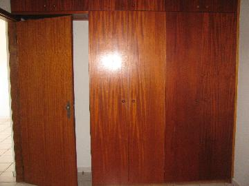 Alugar Apartamentos / Padrão em Ribeirão Preto R$ 950,00 - Foto 4