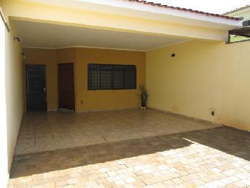 Alugar Casas / Padrão em Ribeirão Preto. apenas R$ 1.250,00