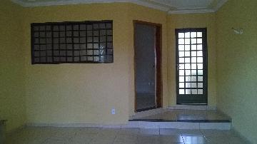 Alugar Casas / Padrão em Ribeirão Preto. apenas R$ 240.000,00