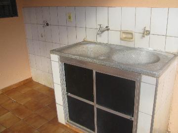 Alugar Casas / Padrão em Ribeirão Preto apenas R$ 600,00 - Foto 4