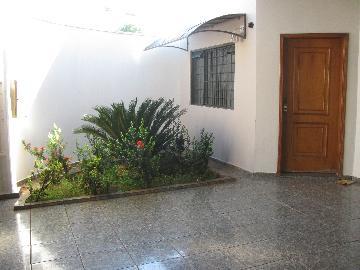 Alugar Casas / Padrão em Ribeirão Preto. apenas R$ 1.150,00
