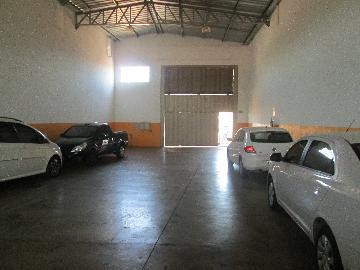 Alugar Comercial / Galpao / Barracao em Ribeirão Preto. apenas R$ 3.200,00