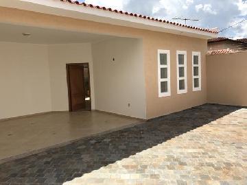 Alugar Casas / Padrão em Ribeirão Preto. apenas R$ 385.000,00