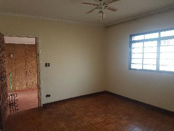 Alugar Casas / Padrão em Ribeirão Preto. apenas R$ 230.000,00