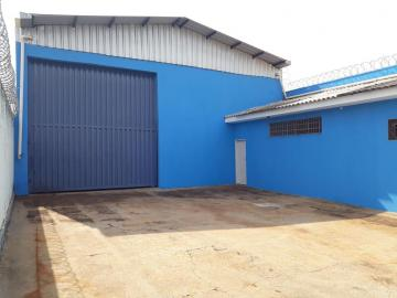 Alugar Comercial / Galpao / Barracao em Ribeirão Preto. apenas R$ 3.500,00