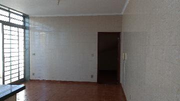 Alugar Casas / Sobrado em Ribeirão Preto. apenas R$ 800,00