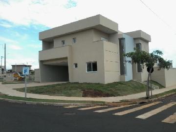 Alugar Casas / Condomínio em Ribeirão Preto. apenas R$ 800.000,00