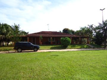 Alugar Casas / casa condominio em Jardinópolis. apenas R$ 3.000,00