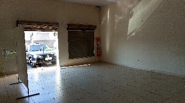 Alugar Comercial / Salão comercial em Ribeirão Preto. apenas R$ 1.800,00