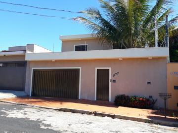 Alugar Casas / Padrão em Ribeirão Preto. apenas R$ 685.000,00