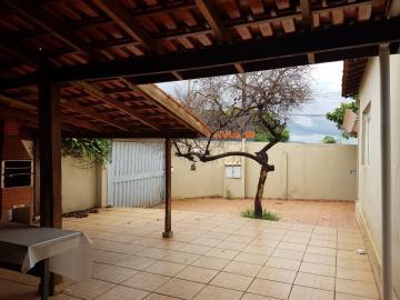 Alugar Casas / Padrão em Ribeirão Preto. apenas R$ 179.000,00
