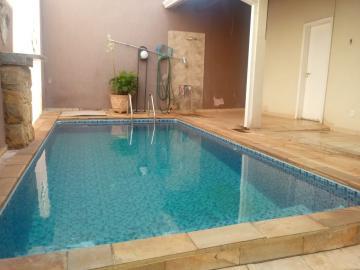 Alugar Casas / Padrão em Ribeirão Preto. apenas R$ 470.000,00