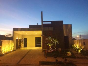 Alugar Casas / Condomínio em Bonfim Paulista. apenas R$ 700.000,00