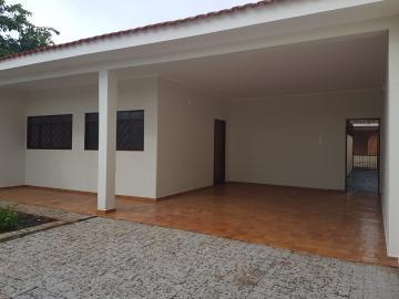 Alugar Casas / Padrão em Ribeirão Preto. apenas R$ 258.000,00