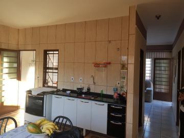 Alugar Casas / Padrão em Ribeirão Preto. apenas R$ 235.000,00