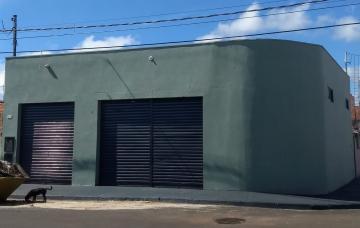 Alugar Comercial / Salão comercial em Brodowski. apenas R$ 135.000,00