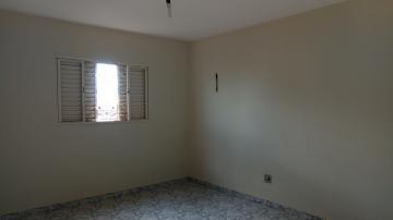 Casas / Comercial em Ribeirão Preto Alugar por R$850,00