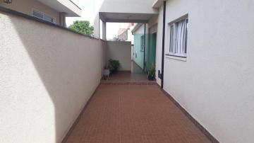 Alugar Apartamentos / Padrão em Ribeirão Preto R$ 1.350,00 - Foto 3