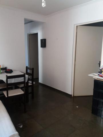 Alugar Apartamentos / Padrão em Ribeirão Preto. apenas R$ 120.000,00