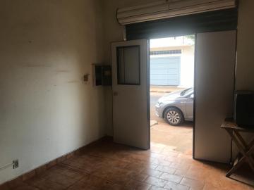 Casas / Comercial em Ribeirão Preto Alugar por R$800,00