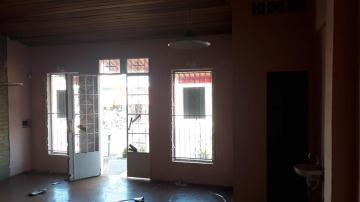 Alugar Comercial / Salão comercial em Ribeirão Preto. apenas R$ 800,00