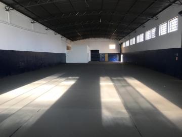 Alugar Comercial / Galpao / Barracao em Ribeirão Preto. apenas R$ 3.900,00