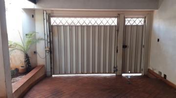 Casas / Sobrado em Ribeirão Preto Alugar por R$2.500,00