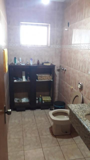Alugar Casas / Padrão em Ribeirão Preto R$ 2.500,00 - Foto 9