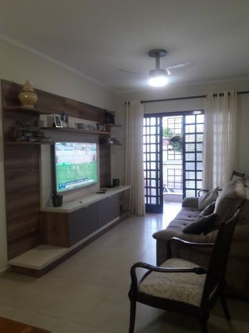 Alugar Apartamentos / Padrão em Ribeirão Preto. apenas R$ 320.000,00