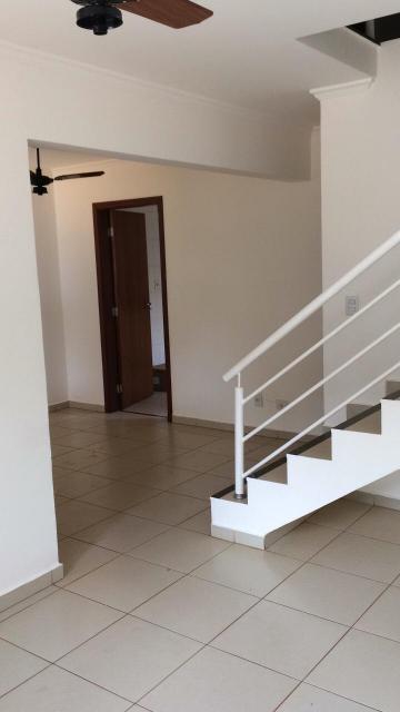 Alugar Casas / Condomínio em Ribeirão Preto. apenas R$ 1.350,00