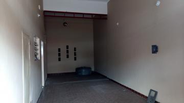 Alugar Comercial / Salão comercial em Ribeirão Preto. apenas R$ 700,00