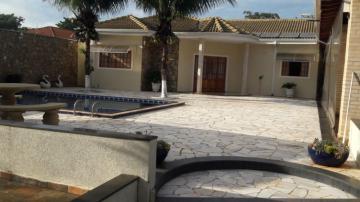 Alugar Casas / Chácara em Serra Azul. apenas R$ 3.000,00