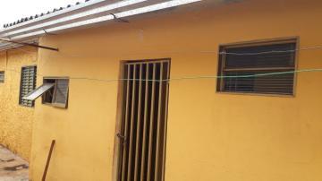 Casas / Padrão em Ribeirão Preto Alugar por R$480,00