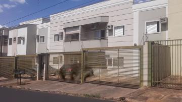 Apartamentos / Padrão em Ribeirão Preto Alugar por R$1.300,00